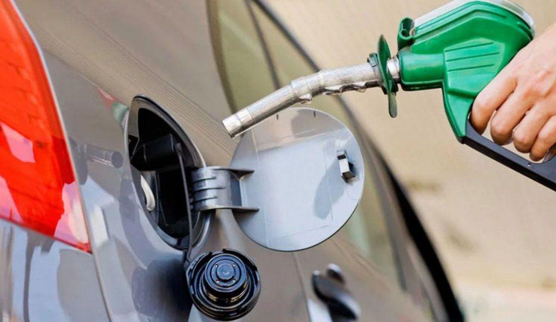 El consumo de combustibles cayó un 35% interanual en junio