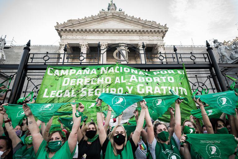 El debate por la legalización del aborto llega al recinto de Diputados