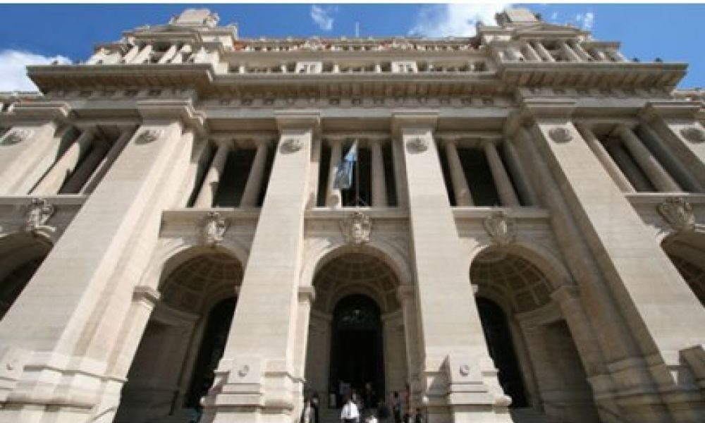 El peronismo negociaría con Macri y la UCR ampliar la Corte: mencionan a Pichetto y Gil Lavedra