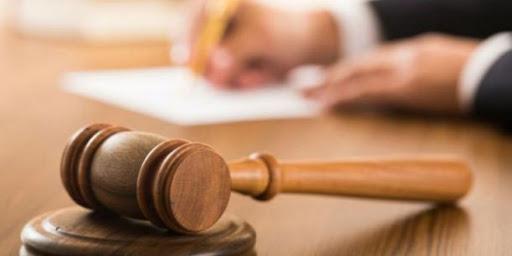 El oficialismo busca la creación de un Tribunal Intermedio que limite funciones de la Corte