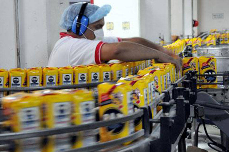 Industria alimenticia: Empresarios aseguran que tienen un 25% de atraso en los costos
