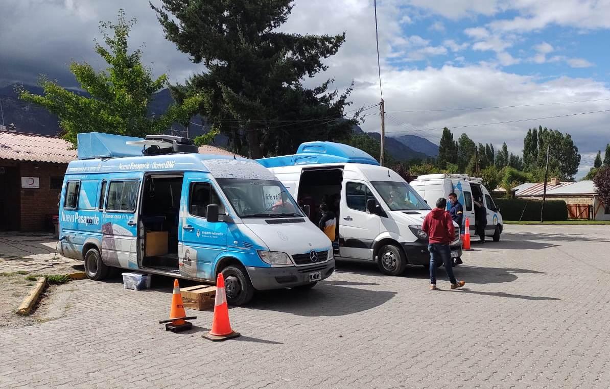 Tras los incendios, más de 500 personas de Puelo, El Hoyo y Epuyén pudieron recuperar su DNI