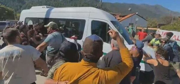 Citaron a indagatoria a 13 imputados por las agresiones al Presidente en Chubut