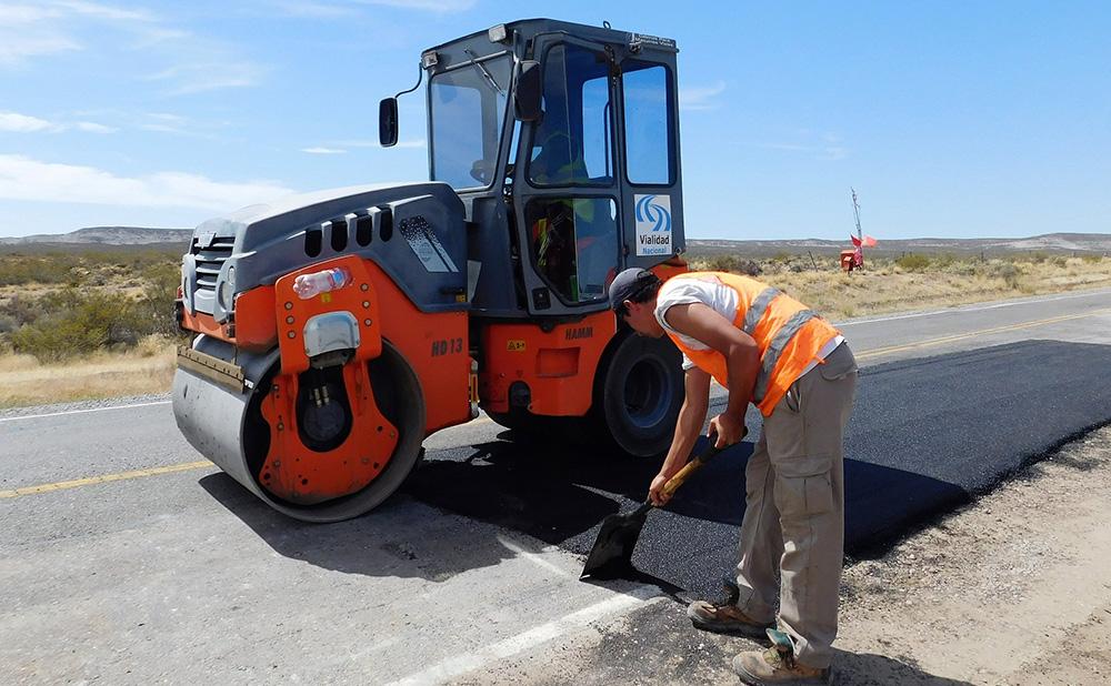 Municipios y Vialidad Nacional firmaron contrato para reparar la Ruta 25