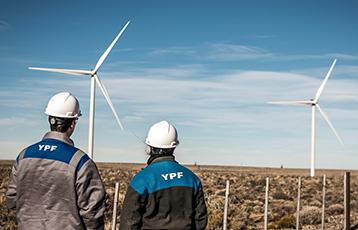 Petróleo: YPF negocia la venta de yacimientos maduros con productoras independientes