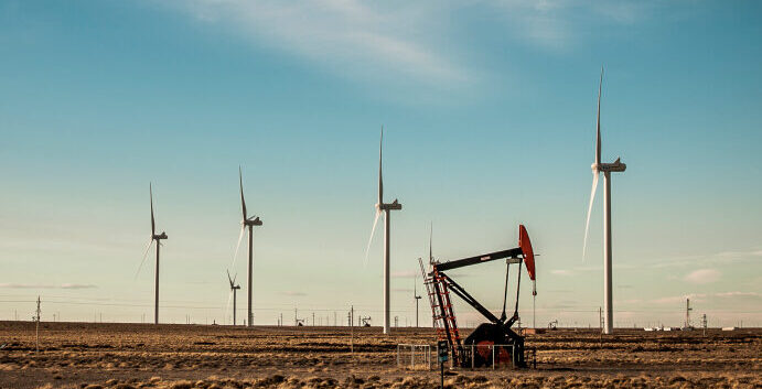 Energía: La macro y la falta de redes frenan el cambio verde en Argentina