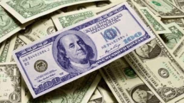 Dólar: Por las mayores restricciones para comprar, el blue llegó a su nivel más alto del año