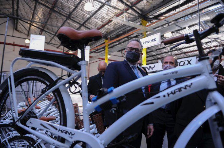 Metalúrgica: Lanzaron plan de promoción de bicicletas eléctricas para activar la industria nacional