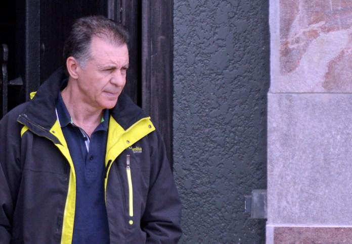 Cristóbal López estaría a un paso de quedarse con OCA, el mayor correo privado del país