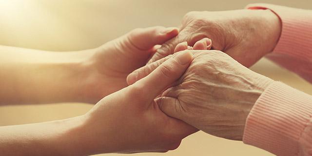Jubilaciones para madres: Entró en vigencia la norma que suma años de aporte por hijo