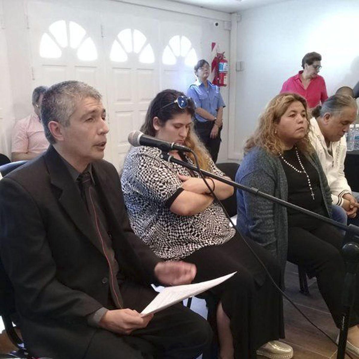 Causa Royal Canin: Comenzó el juicio por 'malversación' de alimentos para perros por exfuncionarios de Chubut