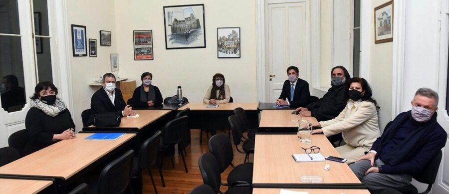 Docentes: El gobierno nacional convocó a paritarias para el próximo 9 de agosto