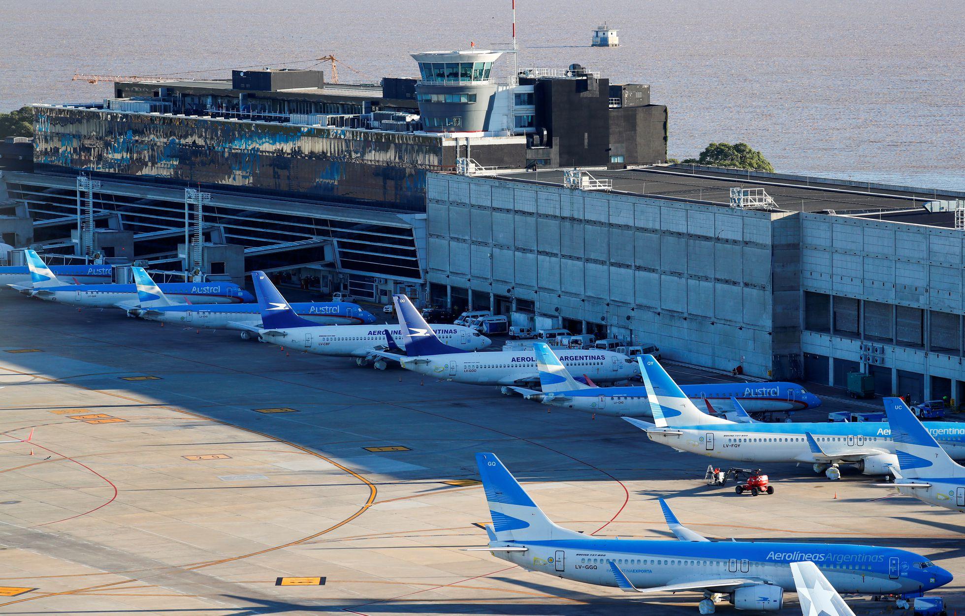 Por la expropiación de Aerolíneas, demandan a la Argentina por 320 millones de dólares