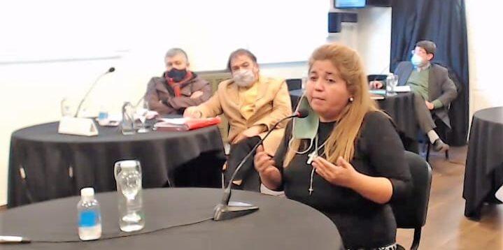 """Causa """"Royal Canin"""": Condenaron a 4 años de prisión a la exministra Leticia Huichaqueo"""