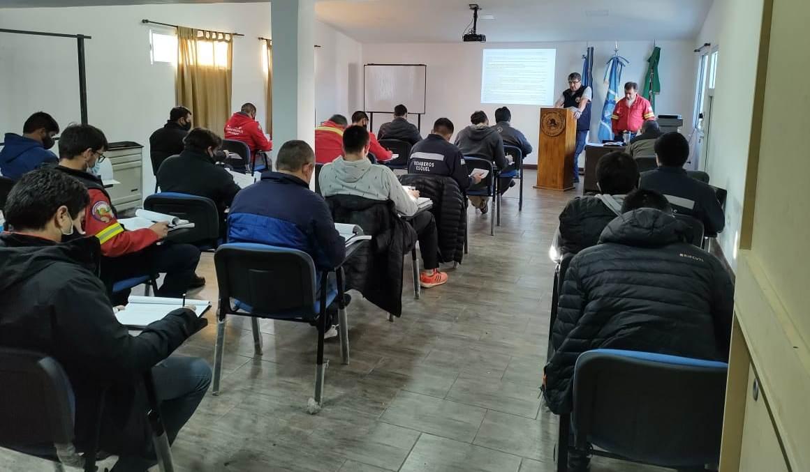 Habilitan concurso para cubrir ascensos dentro del Servicio Provincial de Manejo del Fuego