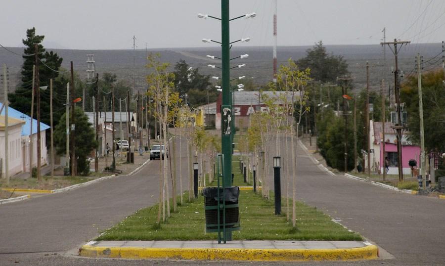 Paso de Indios: Provincia firmó convenio para proveer gas a 40 familias