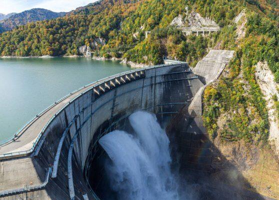 Hidroeléctricas: Nación auditará a las operadoras de las represas ante el final de las concesiones