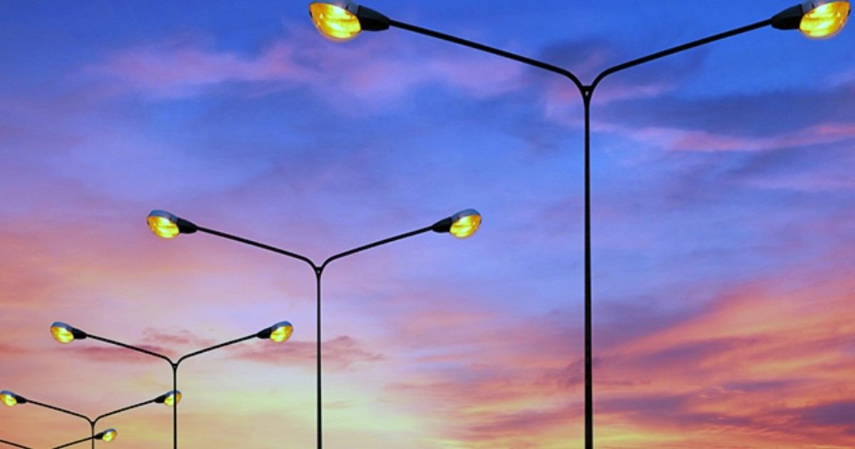 Energía: Cuánto representa el consumo del alumbrado público y cuáles son las claves para reducirlo
