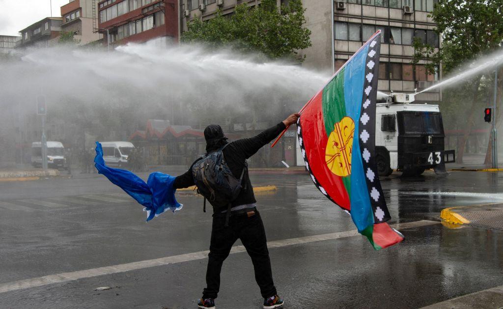¿Qué dice la historia en el conflicto por las tierras con los mapuches?