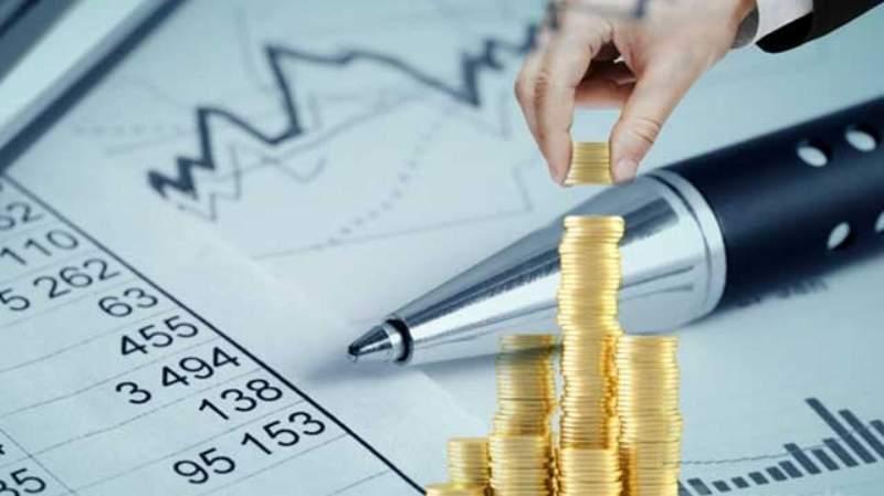 Las Provincias ajustaron el gasto en personal para mantener el superávit