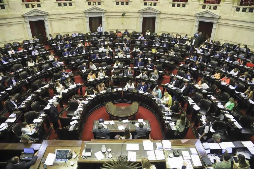 Diputados: JpC no dio quorum y se cayó la sesión del Etiquetado frontal